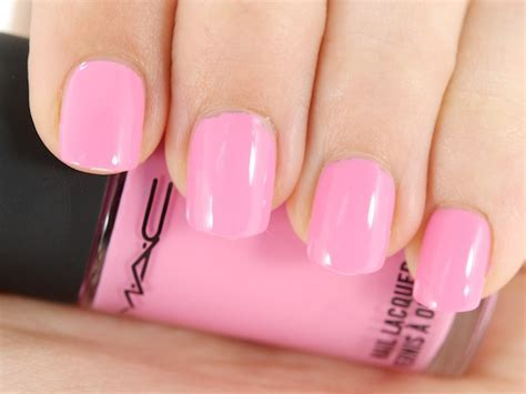 Buy slick pink nail polish Online in India   85911378