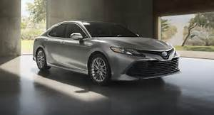 2018 Toyota Camry Hybrid Could Hit 50 MPG In The City