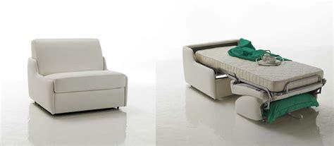 canape cuir blanc convertible fauteuil lit en cuir à ouverture express verysofa
