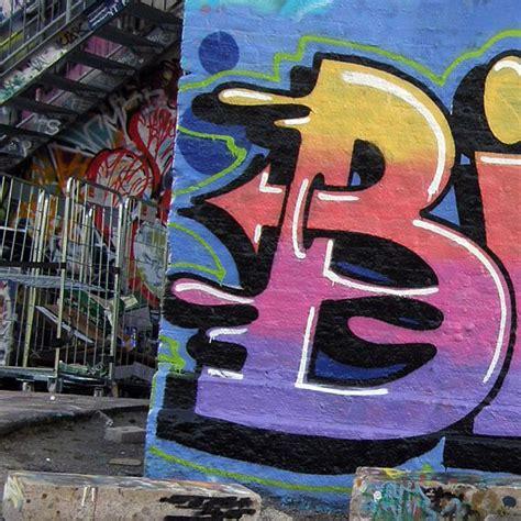 graffitti street art names letters alphabet paint