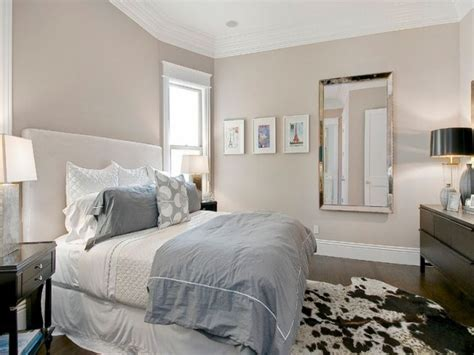 ceiling pot holder neutral bedroom wall paint color
