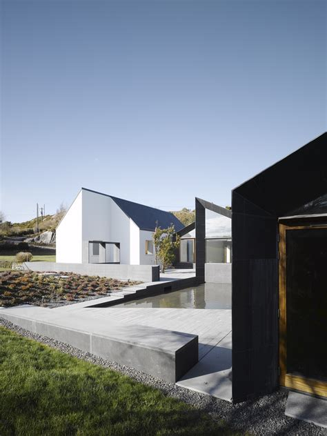 gallery  house  goleen niall mclaughlin architects