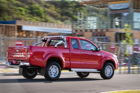Extra Large Floor Mirror by Toyota Hilux Sr 4x4 Extra Cab Pick Up 40 990 Data