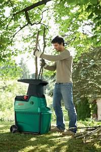 Broyeur De Jardin : le broyeur de branches bosch axt 22 d d broussaillez ~ Nature-et-papiers.com Idées de Décoration