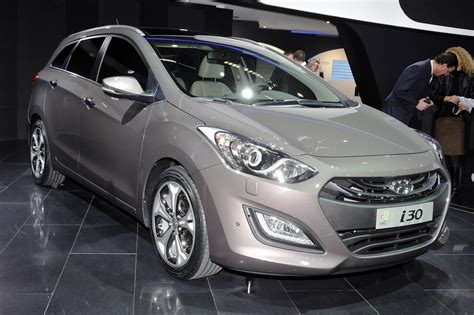 2018 Hyundai I30 Wagon Images Pictures And Videos