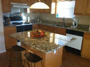 What Color Granite with Honey Oak Cabinets