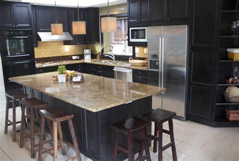 cocinas modernas  isla barra granito  decoracion
