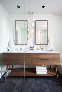 le miroir salle de bain element cle de la decoration With miroir salle de bain cadre bois
