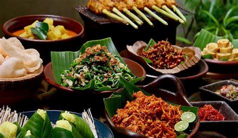 Dihimpun brilio.net dari japelidi pada selasa (24/3). 5 Kuliner khas Bali | Pariwisata Indonesia