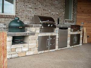 Big Green Egg and Grill Island Outdoor Kitchen