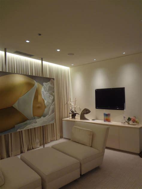 led micro grazer  edge lighting contemporary bedroom