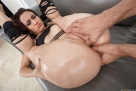 Flexible Latina Mandy Muse Taking A Rough Ass Fucking And