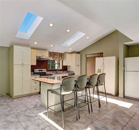 lighting for vaulted kitchen ceiling 42 kitchens with vaulted ceilings home stratosphere 9011