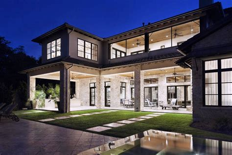 Modern White Nuance Of The Luxury Homes Exterior Modern