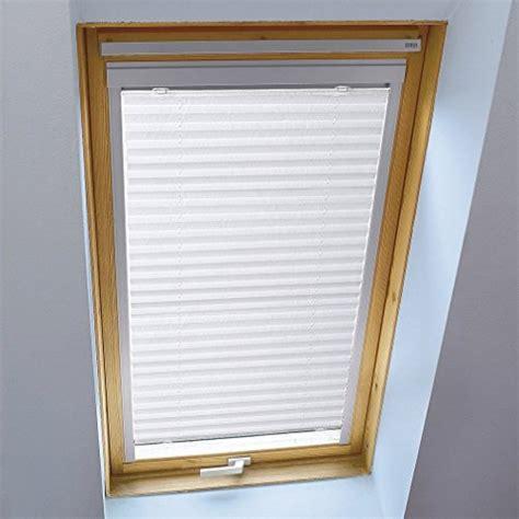 Rollos Und Plissees Fuer Dachfenster by Dachfenster Sonnenschutz Ohne Bohren Test August 2019
