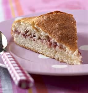 g 226 teau au yaourt 224 la confiture de fraises les meilleures recettes de cuisine d 212 d 233 lices