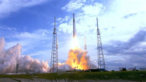 SpaceX launches pre-flown Falcon 9 rocket to International ...