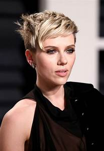 Scarlett Johansson At 2017 Vanity Fair Oscar Party in ...