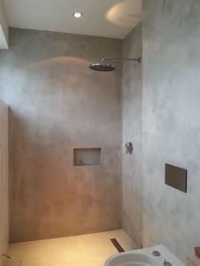 Wand Verputzen Glatt : betoncire auf kalk zement basis f r b den und w nde glatt ~ Michelbontemps.com Haus und Dekorationen