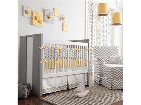 deco chambre de garcon decoration chambre bebe garcon guirlande deco chambre