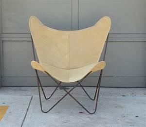 Butterfly Chair Original : pair of original vintage hardoy butterfly chairs in suede at 1stdibs ~ Sanjose-hotels-ca.com Haus und Dekorationen