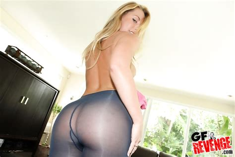 Amazing Young Blonde Wife In Sexy Pantyhose Sucks And Riding Cock
