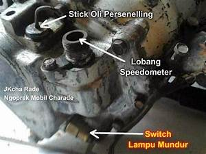 Daihatsu Charade G10 Indonesia  Posisi Stick Oli Gearbox