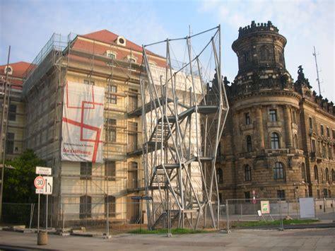 Bei Aussentreppen Auf Material Und Konstruktion Achten by Treppenleiter