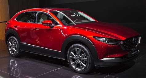 It went on sale in japan on 24 october 2019, with global units being produced at mazda's hiroshima factory. Mazda CX-30 - Wikipedia