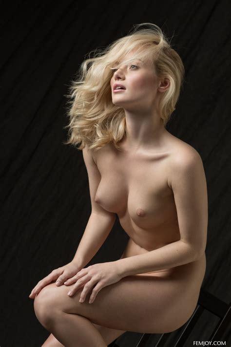 Natural Beauty Gabi Posing In Classic Nudes In The Studio By Femjoy Erotic Beauties