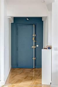 idees cuisine moderne ouverte With porte d entrée alu avec tapis salle de bain rouge et gris