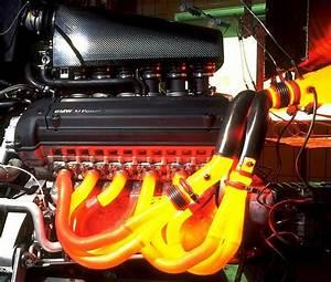 A Mclaren F1 Bmw S  70 V12 Engine   Formula1