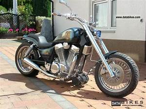 1995 Suzuki 1400 Intruder Customized Version Airbrush