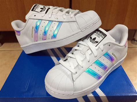 Adidas Superstar White Hologram Iridescent Gs Sz 3.5-7y