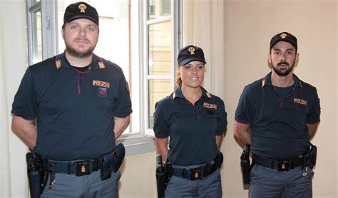 squadra volante nuove divise per la squadra volante della polizia mondo