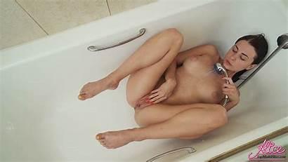 Pussy Cum Wet Masturbate Bathroom Alice Teen