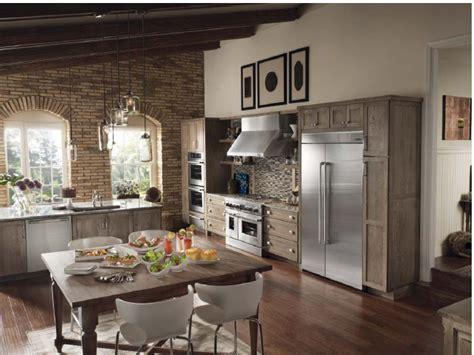 Contemporary Kitchen Design Ideas Tips - spacious design ideas for a country farmhouse kitchen quarto homes at kitchens home designing