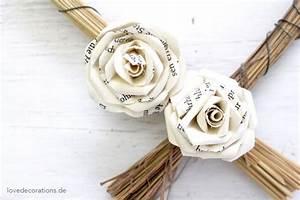 Rosen Aus Papier : rose aus papier diy geschenke rosen aus papier rosen basteln und basteln ~ Frokenaadalensverden.com Haus und Dekorationen
