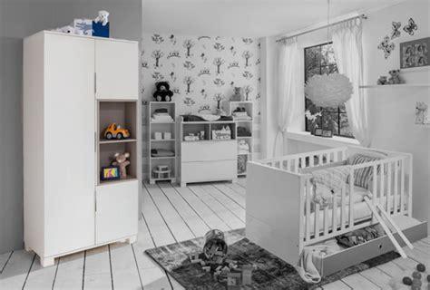 chambre bébé blanche et grise armoire 3 portes joris chambre bebe blanc gris