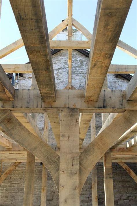 funky bracing timber frame  castle ring oak frame