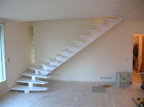 escalier bois moderne limon central images