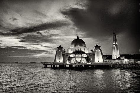 gambar masjid hitam putih jpg