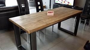 Table de salle a manger acier et bois vieilli meubles et for Meuble de salle a manger avec meuble en bois