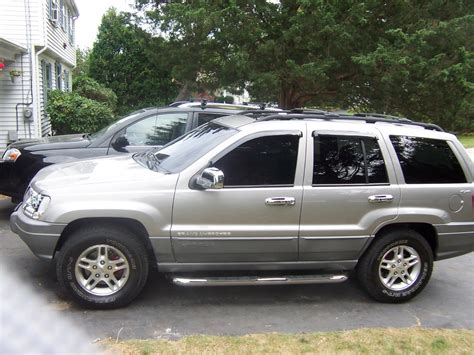 2000 Jeep Grand Cherokee Photos, Informations, Articles