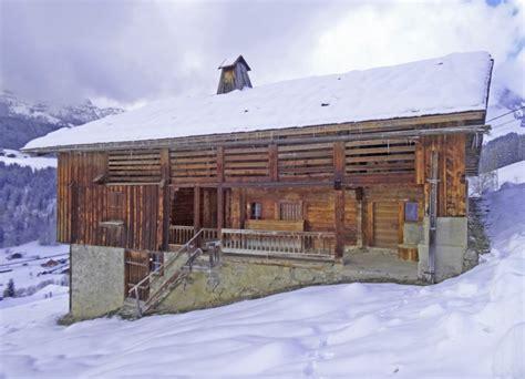 chalet 224 vendre en rhone alpes haute savoie le grand bornand authentique chalet savoyard 224