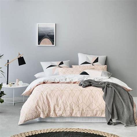chambre grise et poudré déco chambre gris et pour un intérieur serein et doux