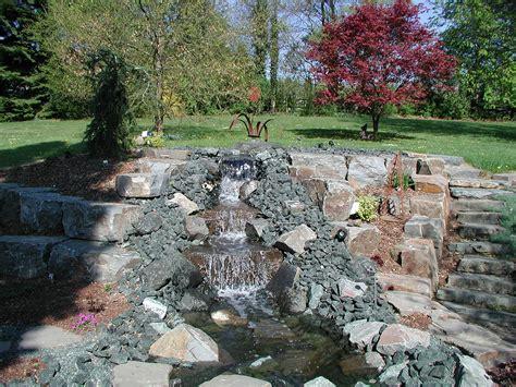 Natürlicher Bachlauf Garten by Teiche Bachl 228 Ufe Gartenbau Gartenplanung Landschaftsbau