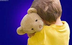 Cute baby teddy bear hug | Beautiful hd wallpaper