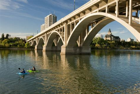 Canoes Saskatoon by Saskatoon Food And Hotels To Rival Toronto And A Cool New