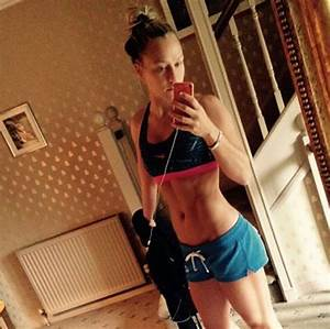 Chloe Madeley flaunts ripped abs as she poses for sexy ...